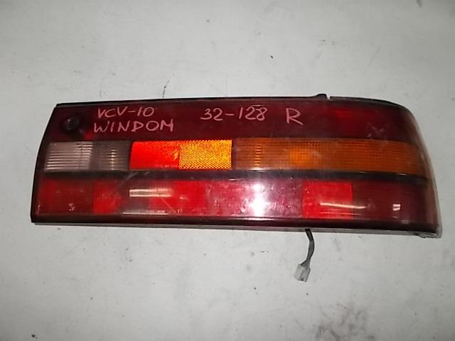 Стоп-сигнал Toyota Windom VCV11 правый