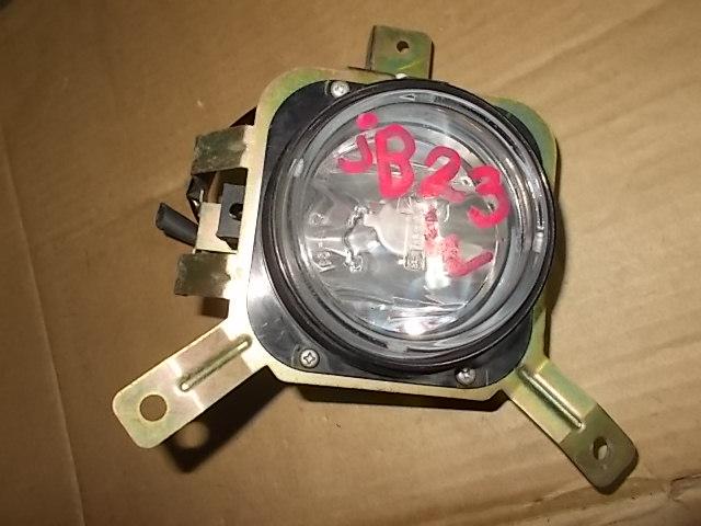 Туманка Suzuki Jimny JB23W K6A правая
