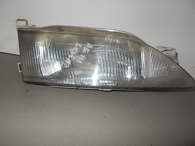 Фара Toyota Corolla Levin AE111 правая (б/у)