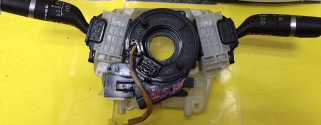 Шлейф лента Mazda Axela BLEFW