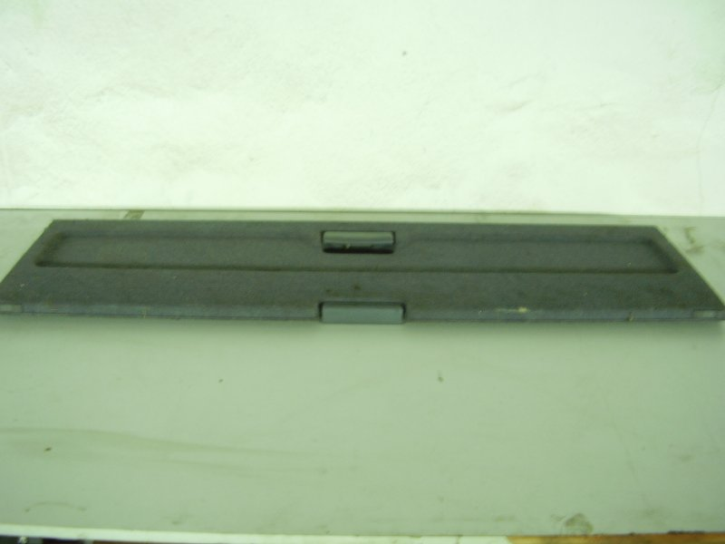 Шторка багажника Suzuki Cultus GC21W G15A задняя