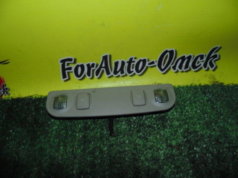 Плафон салонный Audi A4 8E (б/у)