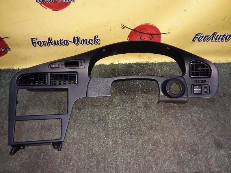 Консоль магнитофона Toyota Carina Ed ST202 (б/у)