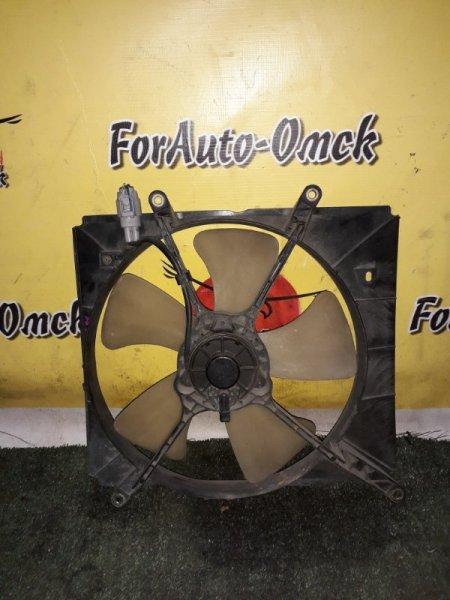Диффузор радиатора Toyota Starlet EP81 4E (б/у)