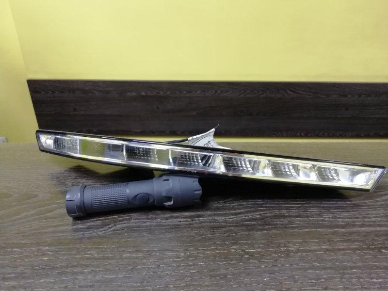 Дневной ходовой огонь Mercedes Cls-Class C218 правый (б/у)