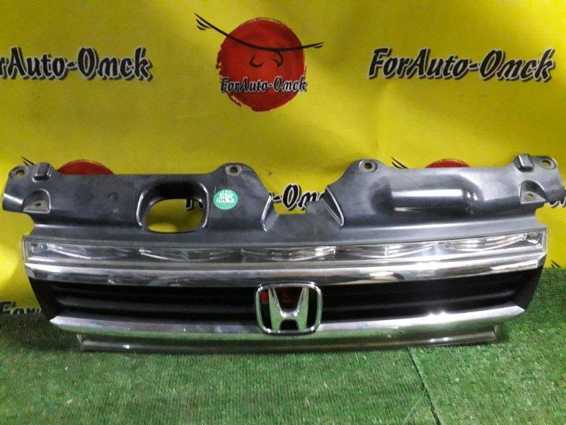 Решетка радиатора Honda Step Wagon RF3 (б/у)
