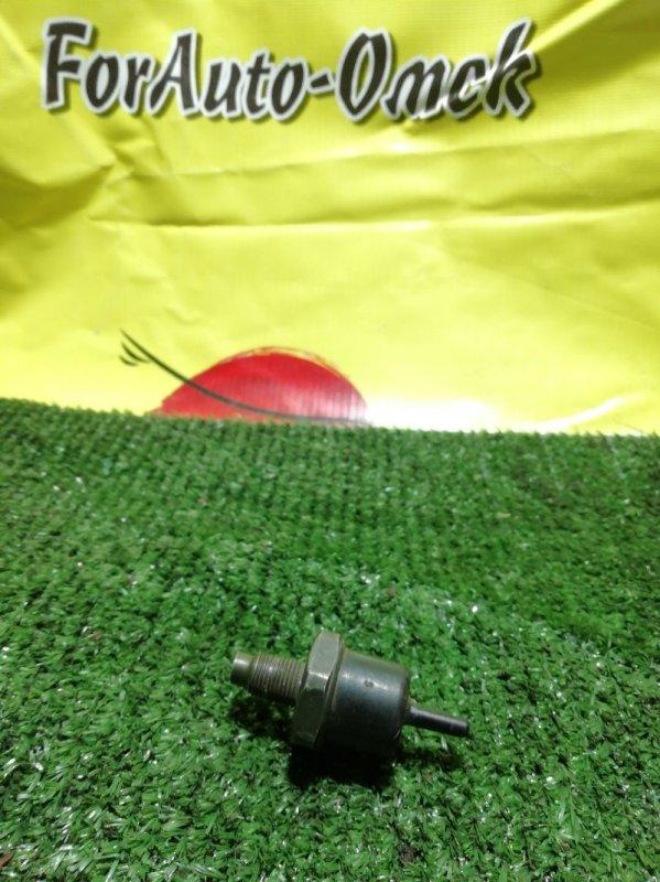 Клапан вакуумный Toyota 18R (б/у)