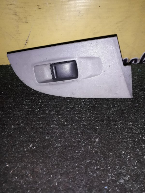 Кнопка стеклоподъемника Nissan Sunny FB15 QG15DE 2001 задняя правая (б/у)