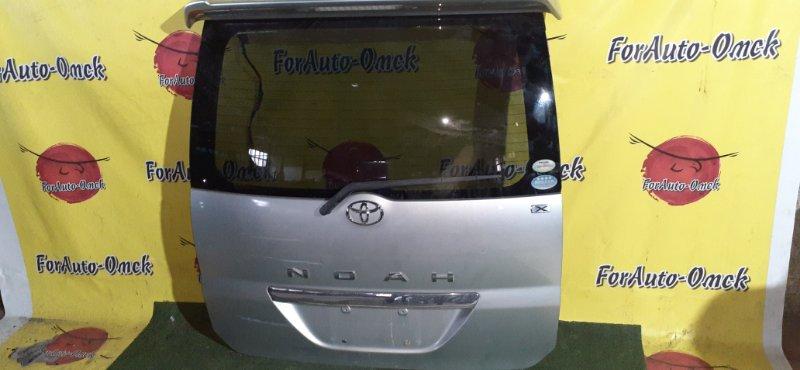 Дверь 5-я Toyota Noah AZR60G (б/у)