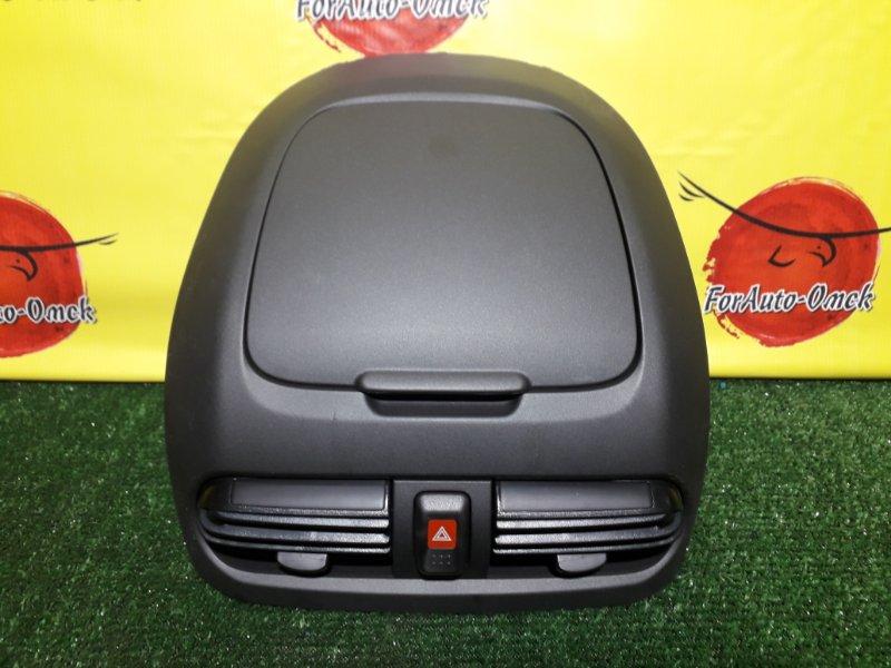 Бардачок в панель Nissan Sunny B15 (б/у)