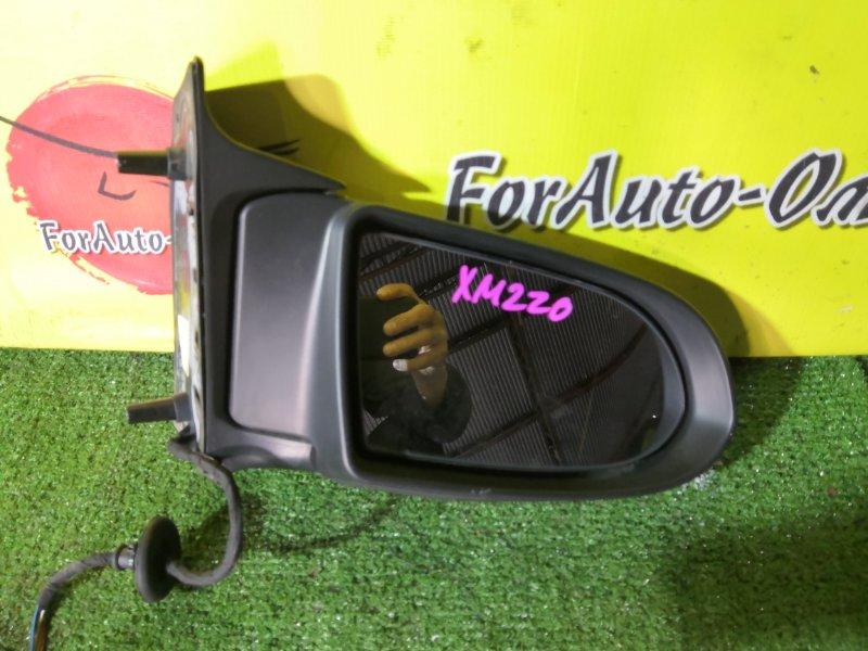 Зеркало Subaru Traviq XM220 правое (б/у)