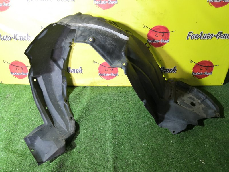 Подкрылок Toyota Blade AZE154H передний левый (б/у)