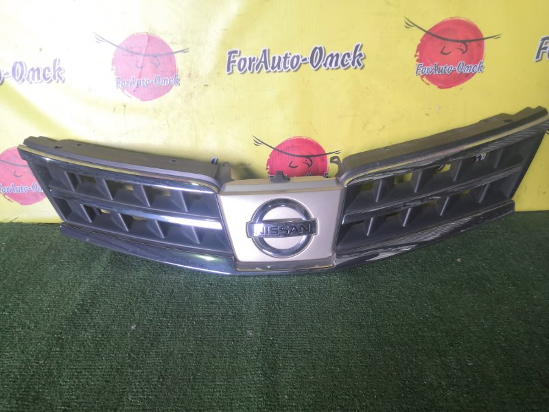 Решетка радиатора Nissan Tiida C11 (б/у)