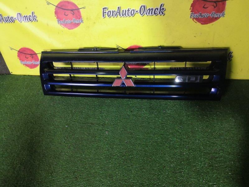 Решетка радиатора Mitsubishi Pajero Io H71W (б/у)
