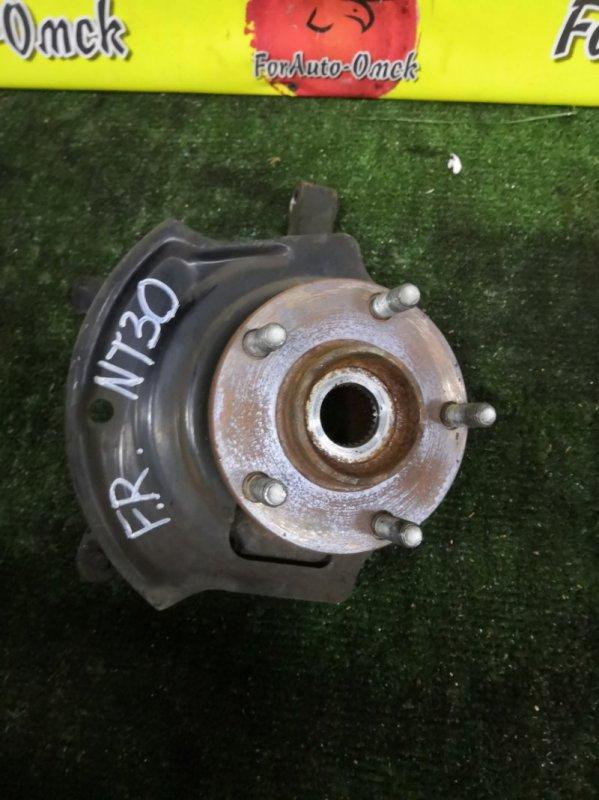 Ступица Nissan Xtrail NT30 передняя правая (б/у)
