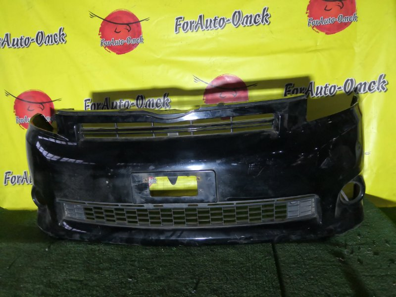 Бампер Toyota Voxy ZRR70 передний (б/у)