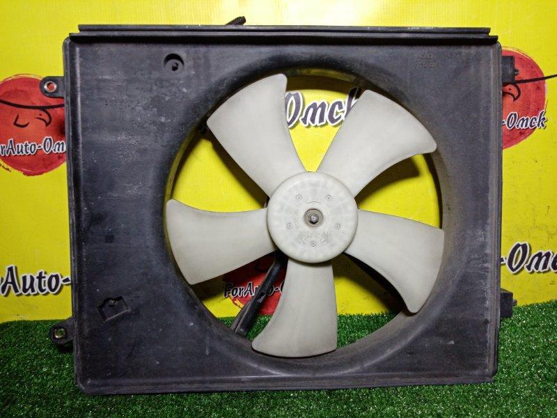 Диффузор радиатора Honda Stepwgn RF3 левый (б/у)