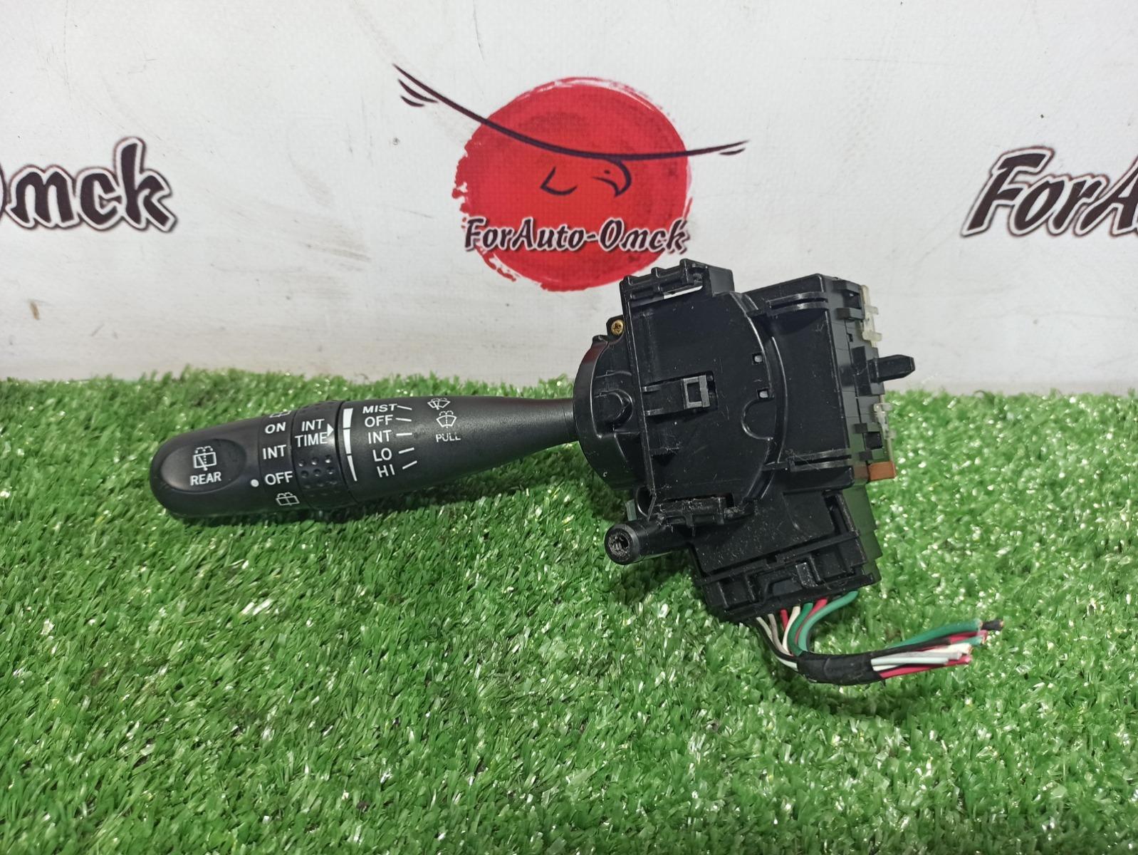 Переключатель стеклоочистителей Toyota Isis ZNM10 (б/у)