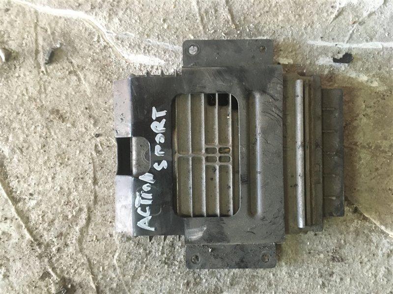 Блок управления двигателя Ssangyong Actyon Sports QJ D20DT 2012 (б/у)