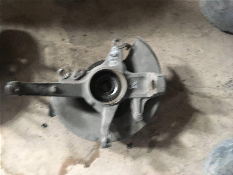 Ступица Mazda Bt-50 UN8F1 WLAA 2008 передняя правая (б/у)