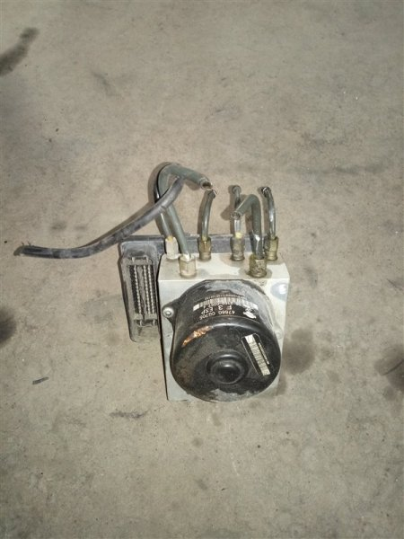 Блок abs Infiniti Fx45 S50 VK45DE 2005 (б/у)