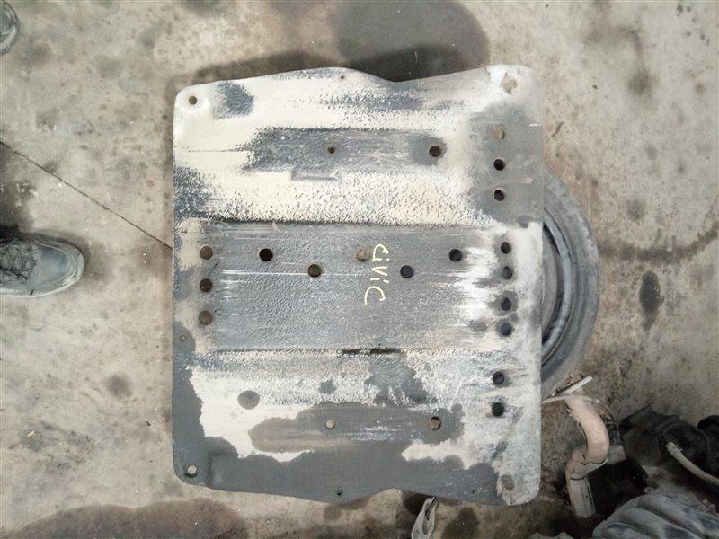 Защита двигателя Honda Civic FD1 R18A1 2006 (б/у)