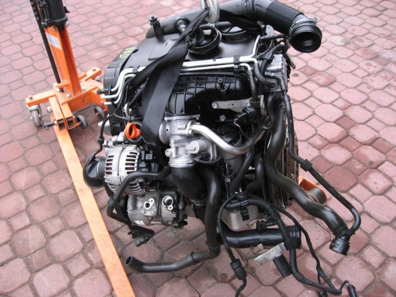 Двигатель Volkswagen Jetta 1K2 BKD 2009 (б/у)