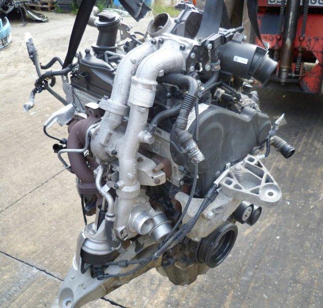 Двигатель Volkswagen Transporter 7HA CFCA 2015 (б/у)