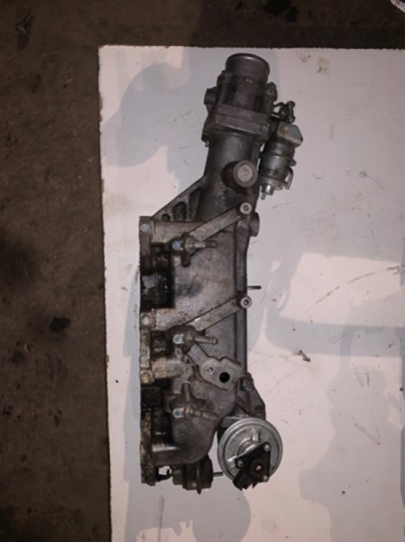 Коллектор впускной Mazda Bt-50 UN8F1 WLAA 2009 (б/у)