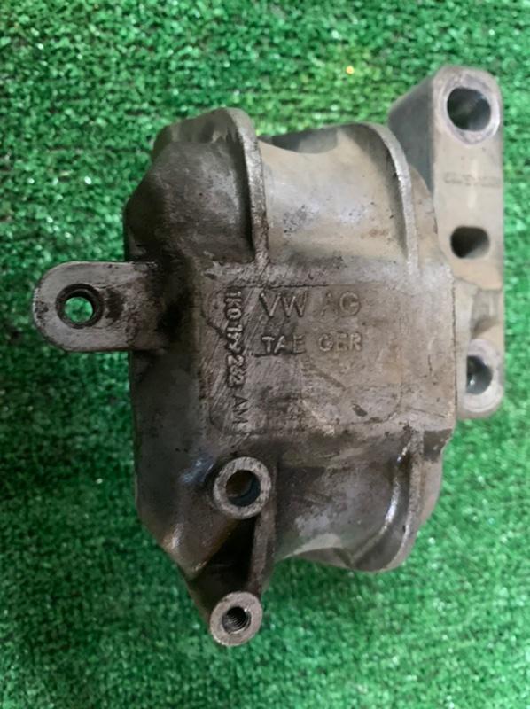 Подушка двигателя Skoda Superb 3T CDAB 2010 правая (б/у)