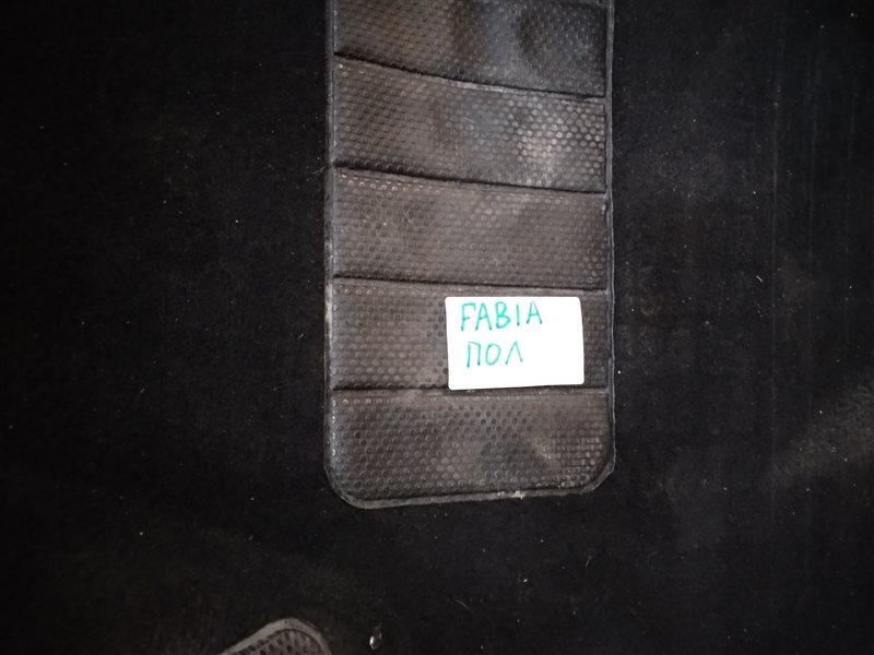 Напольное покрытие Skoda Fabia 5J2 CGGA 2010 (б/у)