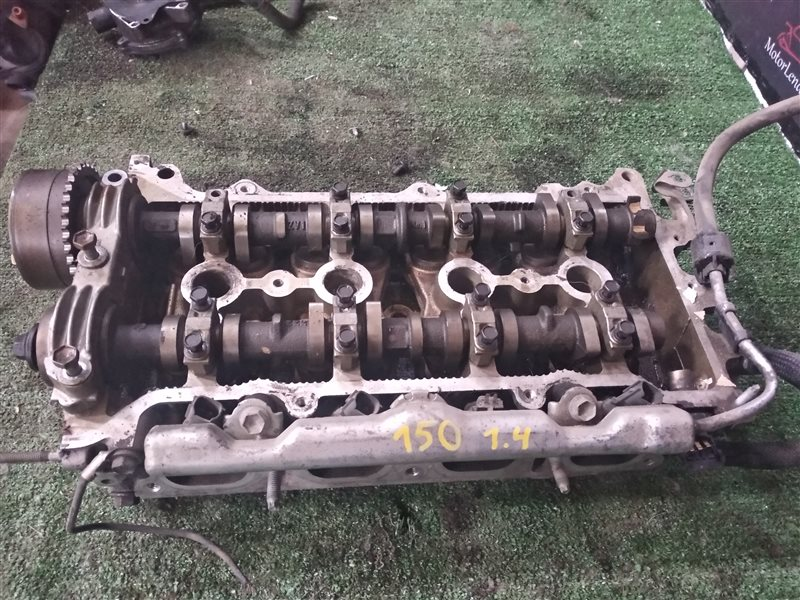 Головка блока цилиндров Toyota Corolla NRE150 4ZZ-FE 2008 (б/у)
