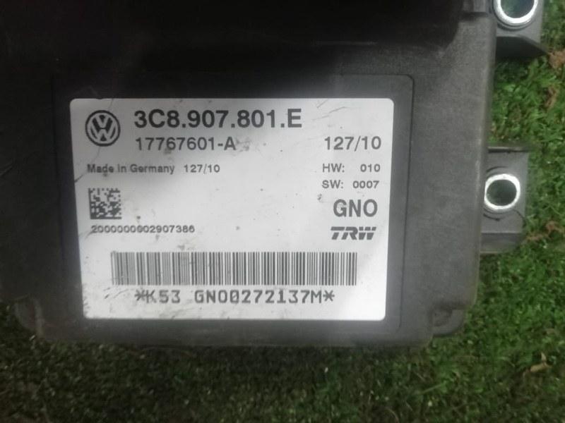 Блок управления парковочным тормозом Volkswagen Passat B6 CDAB 2010 (б/у)