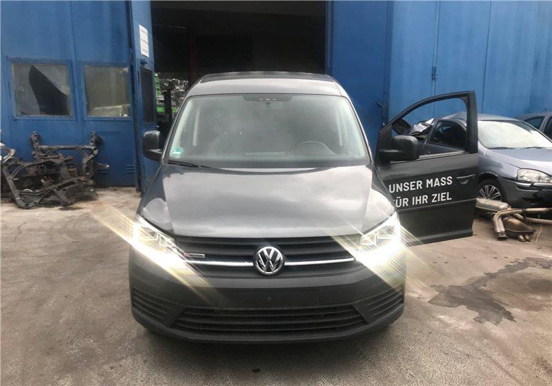 Авто на разбор Volkswagen Caddy 2015 (б/у)