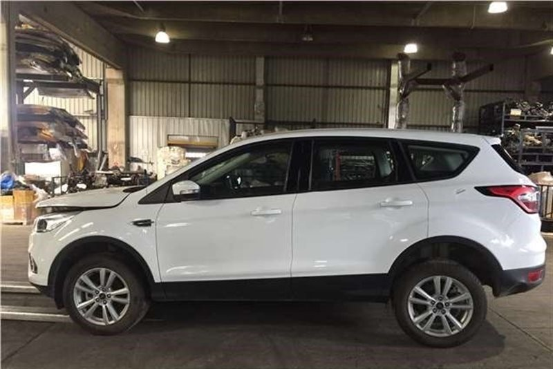Авто на разбор Ford Escape 2018 (б/у)