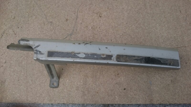 Ресничка Isuzu Bighorn 4GJ2 передняя левая (б/у)