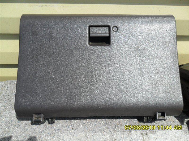 Бардачок Toyota Hiace KZH106 1KZ 1998 передний (б/у)