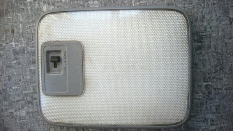 Светильник салона Toyota Hiace KZH106 1KZ 1998 (б/у)