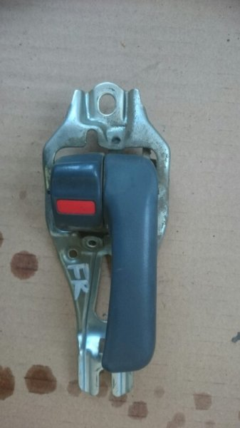 Ручка двери внутренняя Toyota Land Cruiser FZJ80 1FZ-FE 1992 передняя правая (б/у)