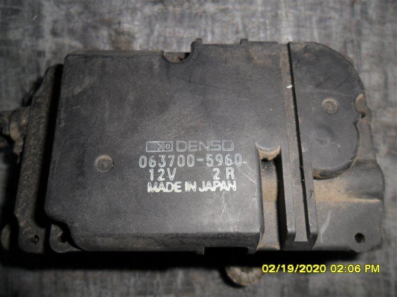 Сервопривод заслонок печки Toyota Hiace KZH106 1KZ 1998 (б/у)