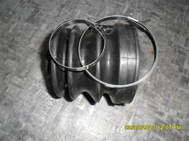 Пыльник привода Isuzu Bighorn UBS69 4GJ2 передний