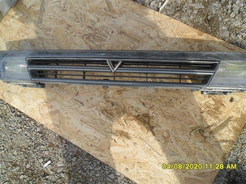 Решетка радиатора Toyota Vista VISTA (б/у)