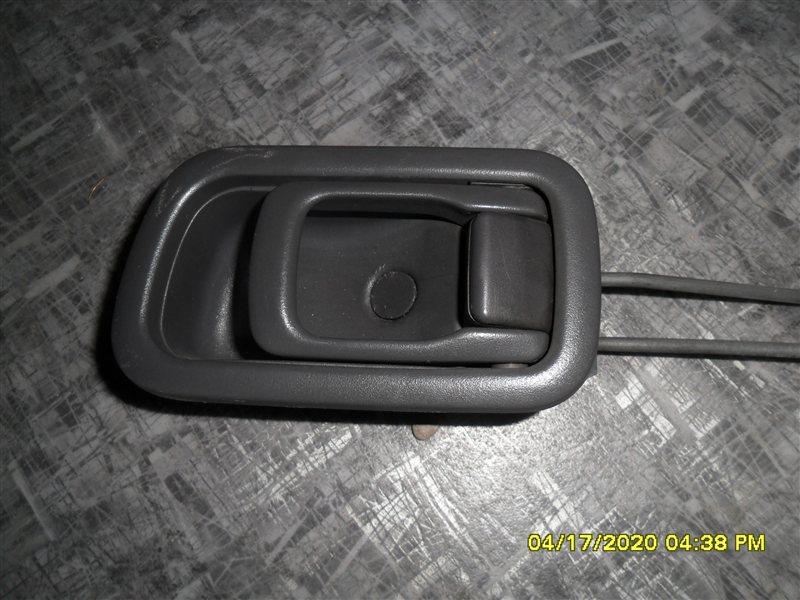 Ручка двери внутренняя Nissan Terrano PR50 TD27T 1995 передняя правая (б/у)