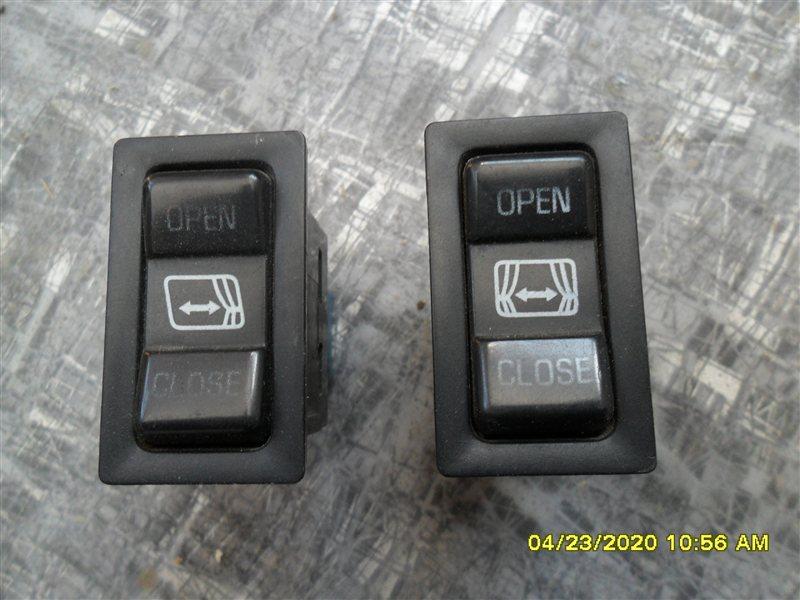 Кнопка управления шторками Toyota Hiace KZH106 1KZ 1998 (б/у)