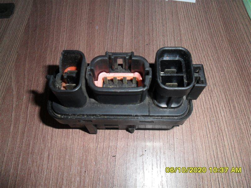 Реле abs Nissan Terrano PR50 TD27T 1995 (б/у)