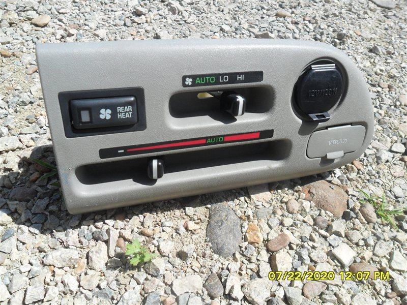 Климат-контроль Toyota Hiace Regius KCH46 1KZ 1998 (б/у)
