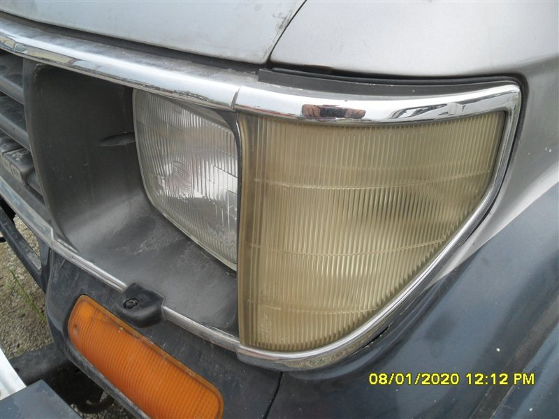 Габарит Toyota Land Cruiser Prado KZJ78 1994 передний левый (б/у)