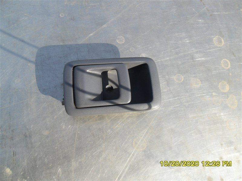 Ручка двери внутренняя Toyota Hilux Surf KZN185W 1KZ-TE 1997 передняя левая (б/у)
