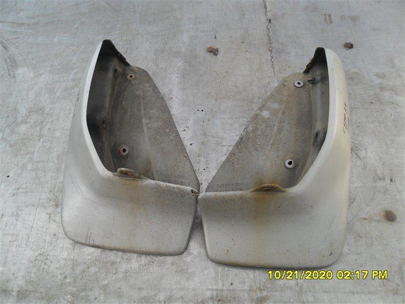 Брызговик Toyota Hilux Surf KZN185W 1KZ-TE 1997 задний (б/у)
