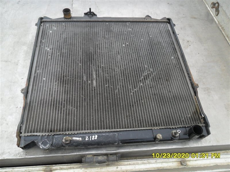 Радиатор двс Toyota Hilux Surf KZN185W 1KZ-TE 1997 (б/у)